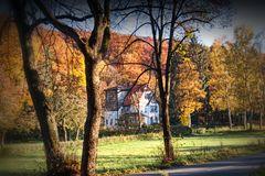 Vom Herbst gerahmt