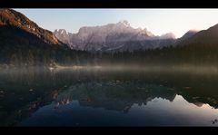* vom Herbstbeginn am See *