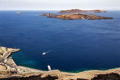Vom Kraterrand in Santorini ...