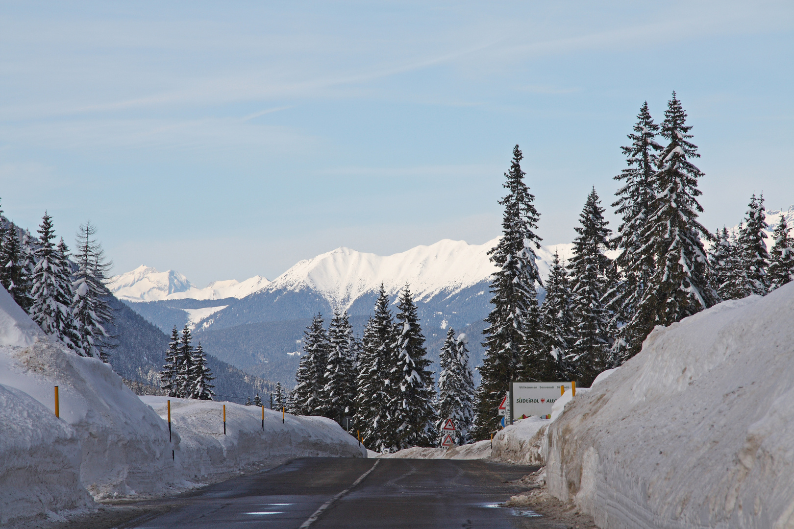 Vom Kreuzbergpass an den Sextener Dolomiten nach Nordwesten