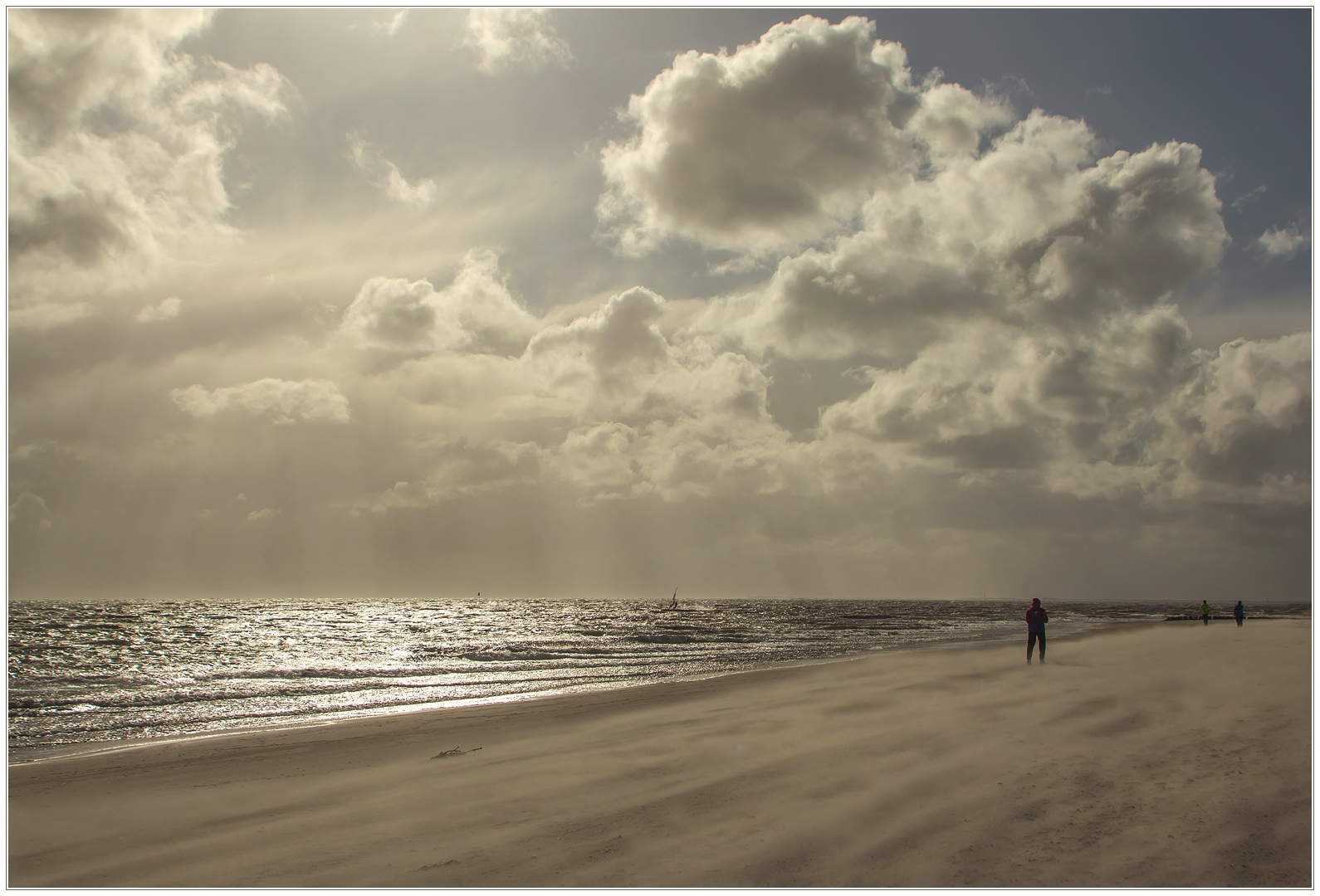 Vom Sandwehen zum Sandsturm... (1. der Sandsturm-Serie)