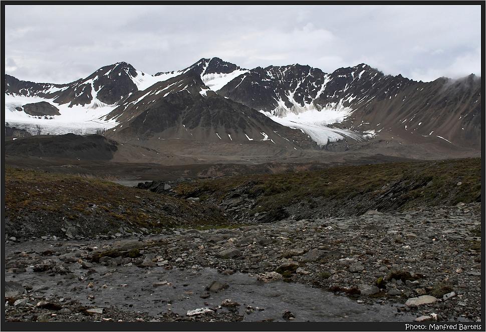 Vom Schmelzwasser der Gletscher ausgewaschen..