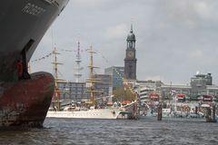 """Von Consortin Inge: """" Robert """" wird zum Hafengeburtstag aufgehübscht !"""