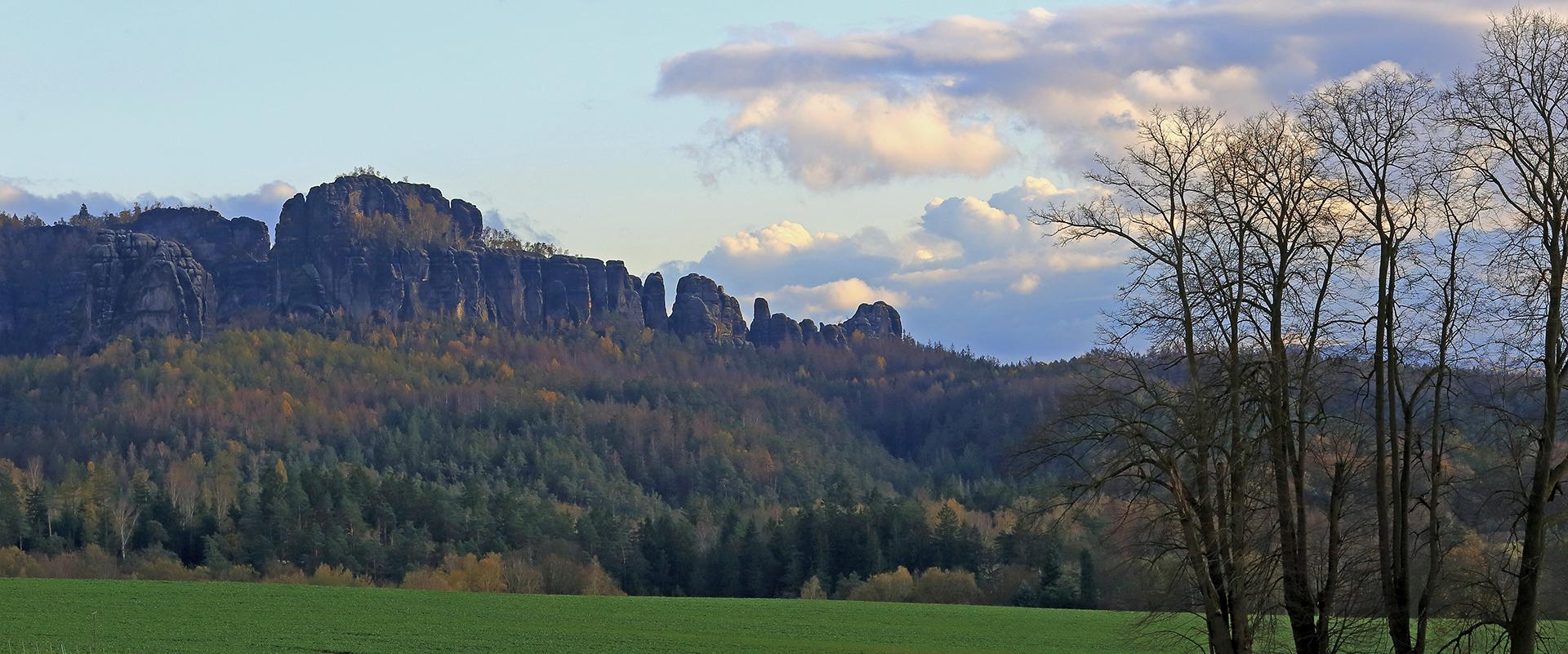 Von dem 320m hochgelegenen Altendorf , einem OT von Sebnitz ...