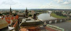 Von der Aussichtsplatform der Frauenkirche...