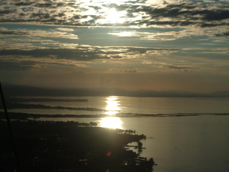 von der Selbahn aus Blick auf den See