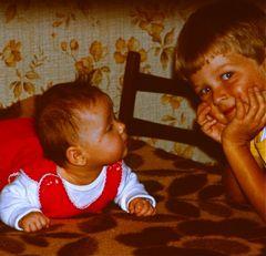Von klein auf die besten Freunde - Franzi und Ihr großer Bruder Benno