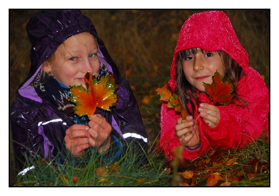 von starken Regenschauern nicht zu stoppen - Maria und Ronja 2