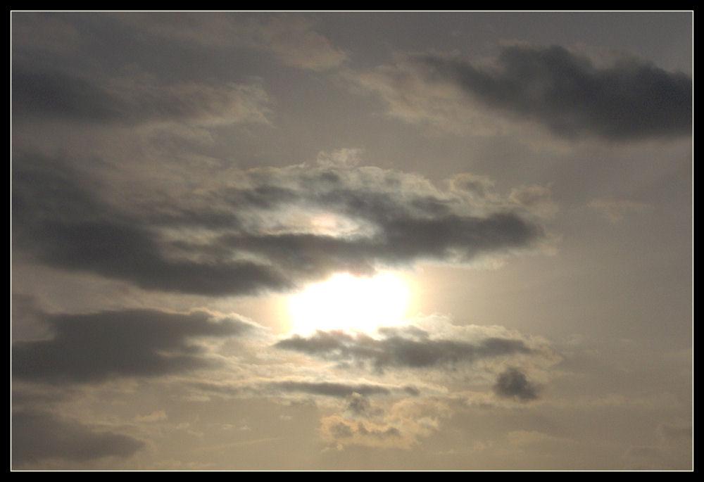 Von Wolken verdrängt