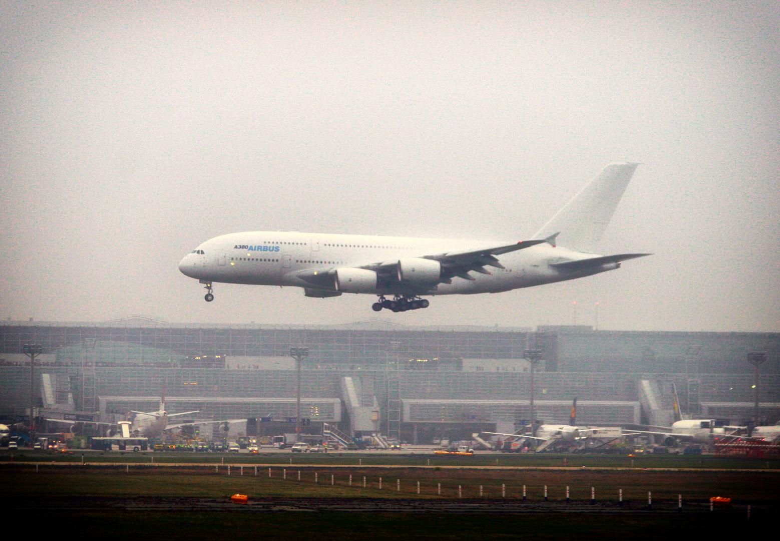 Vor 15 Jahren - Airbus A380 in erstmals Frankfurt -1-