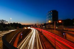 Vor dem Autobahndreieck