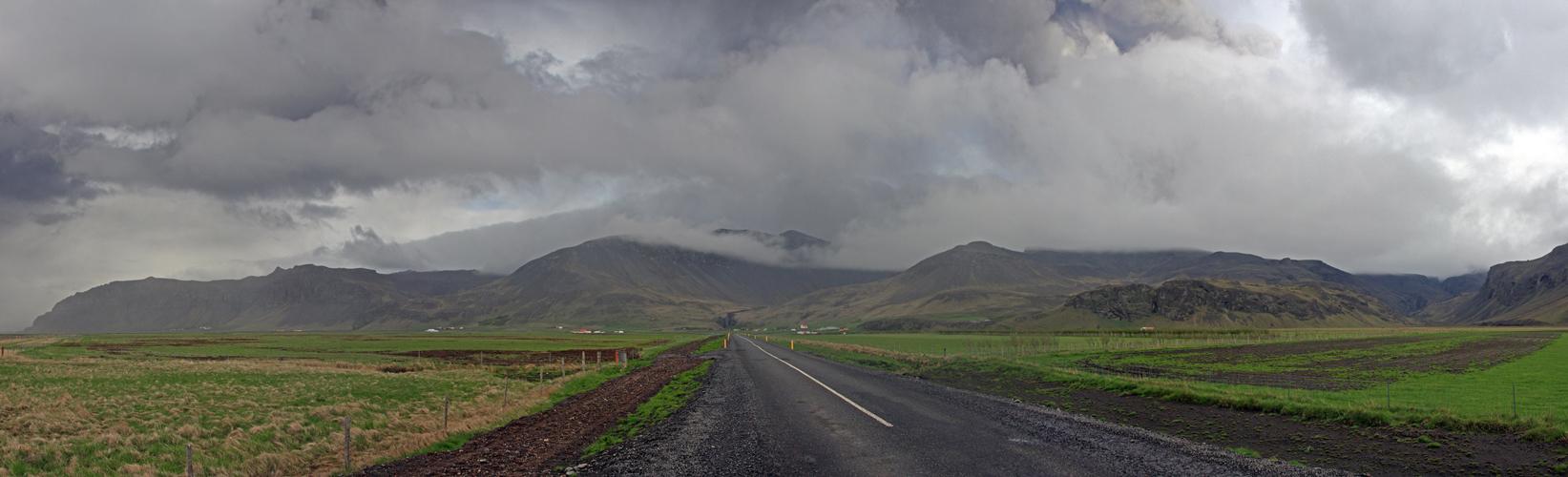 vor dem Eyjafjallajökull