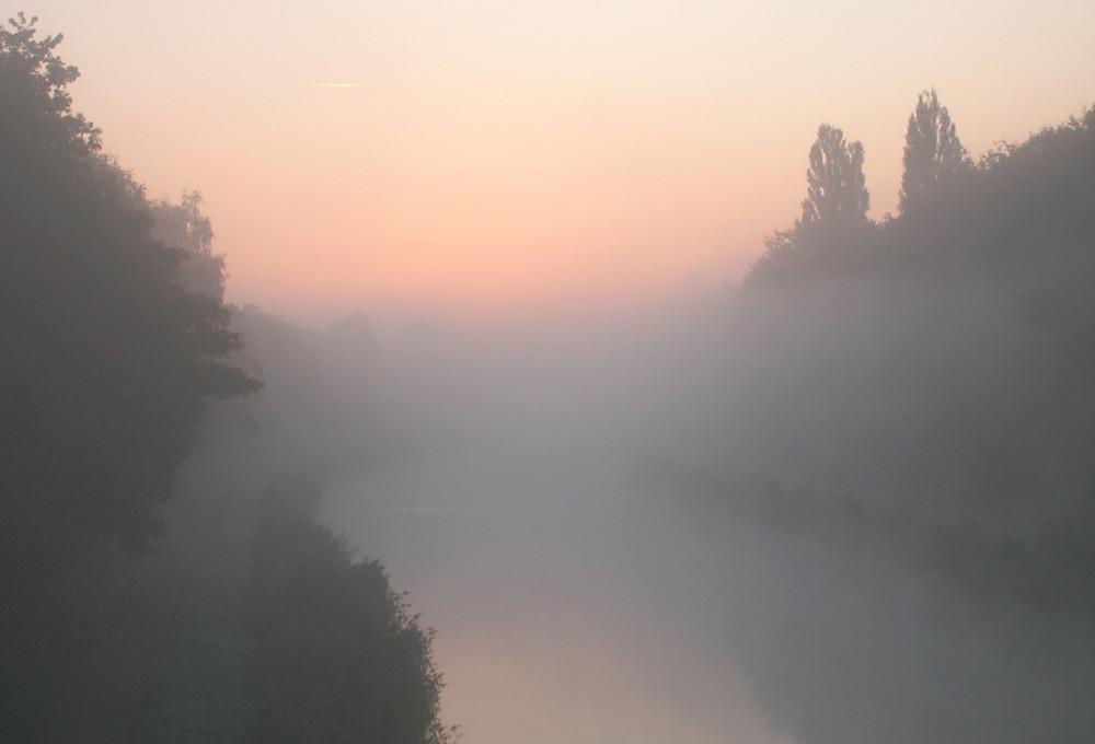 Vor dem Sonnenaufgang am Hamm-Datteln-Kanal