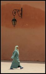 ... Vor der Koutobia Moschee in Marrakesh ..