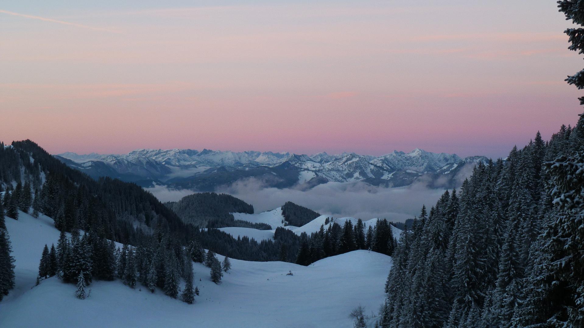 Vor Sonnenaufgang auf der Priener Hütte