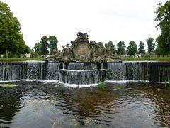Vorm Schloss Ludwigslust