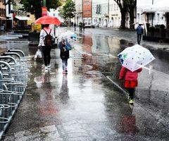 Vormittag Regen.
