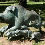 Vorsicht - Wildschweine von rechts !