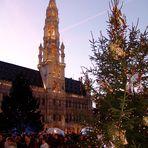 Vorweihnachtlicher Rathausplatz in Brüssel 2005