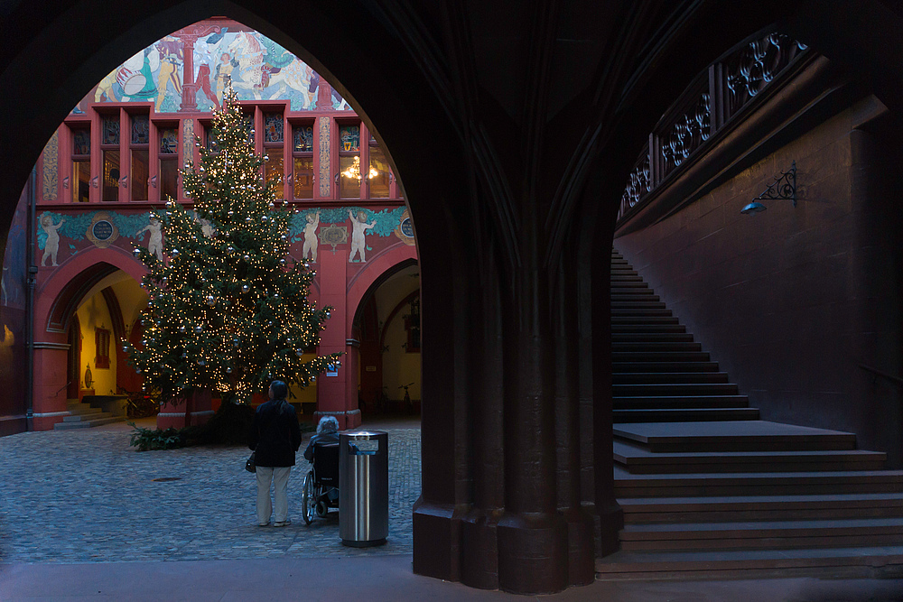 Vorweihnachtliches Rathaus