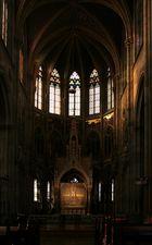 Votivkirche: Chor mit Fastentuch