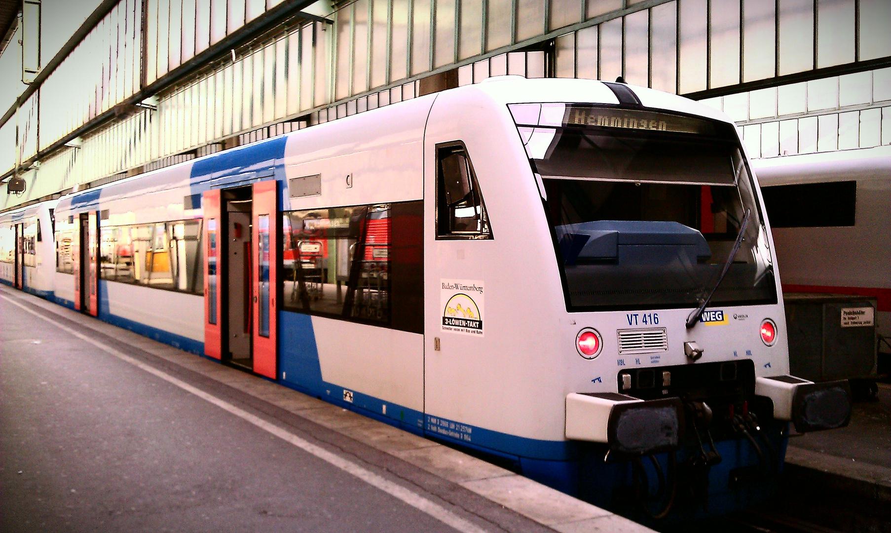 VT 416 der WEG zu Gast in Stuttgart HBF