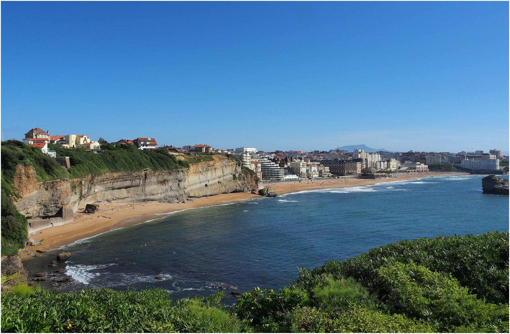 Vue sur Biarritz à partir du phare
