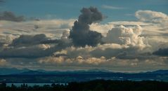 Vulkanausbruch am Himmel