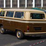 VW Bulli Meeting-V12