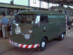 VW Bus der Rheinbahn