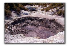 Wai-O-Tapu (Mud Pool)