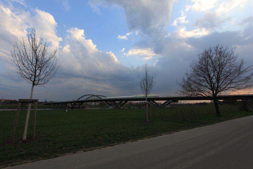 Waldschlößchenbrücke Dresden - Farbvariante