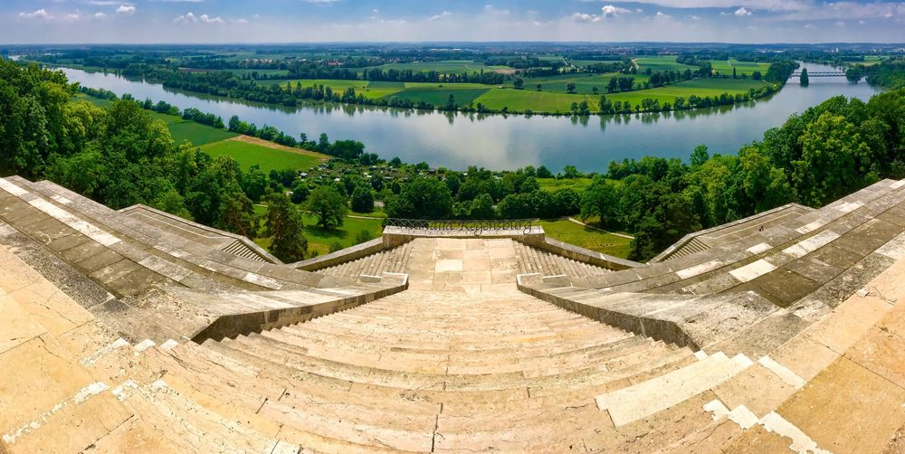 Walhalla´s blick auf die Donau
