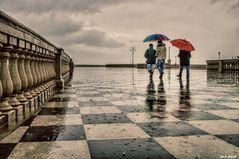 WALKING IN THE RAIN 4