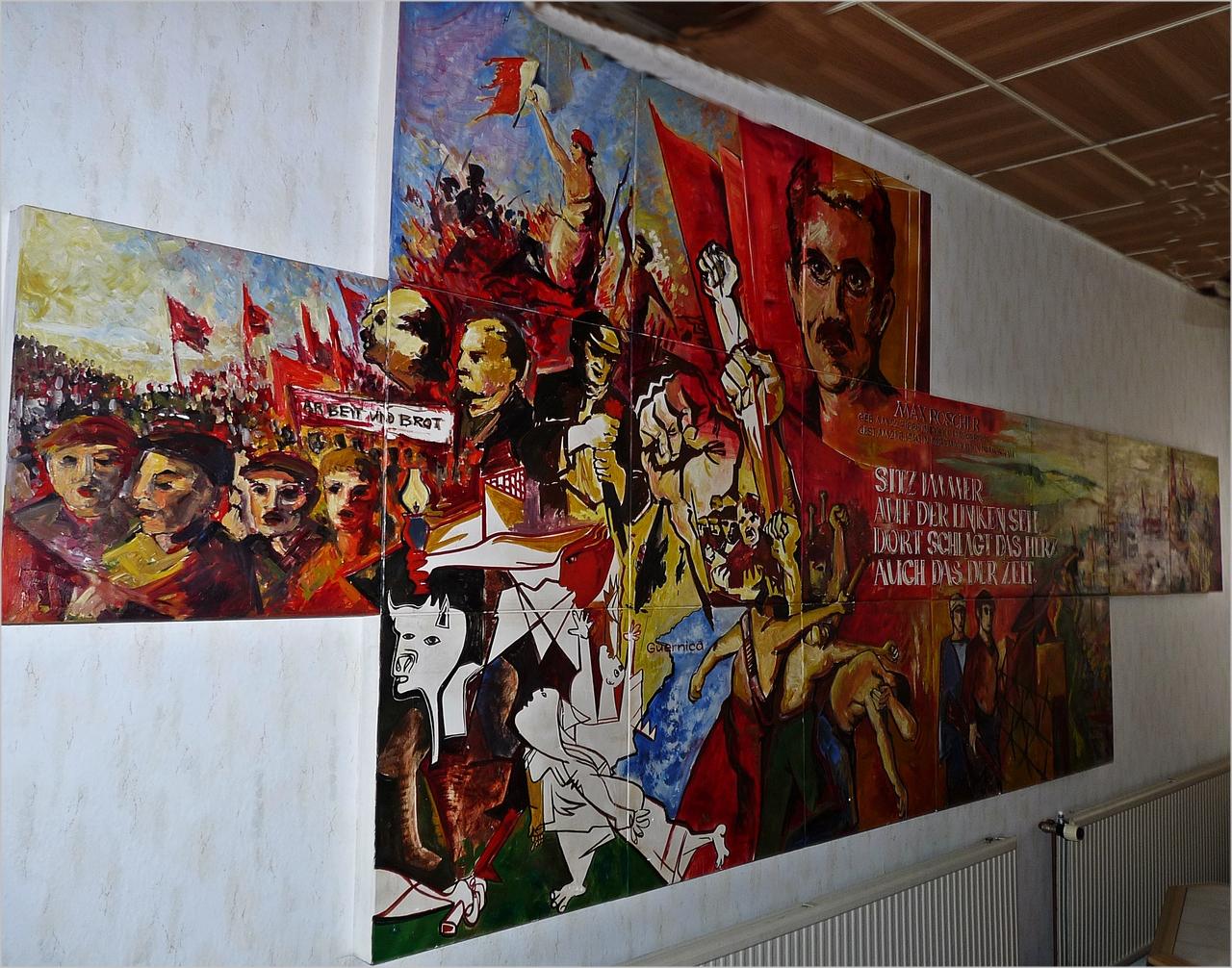 Wandbild aus alten DDR-Zeiten