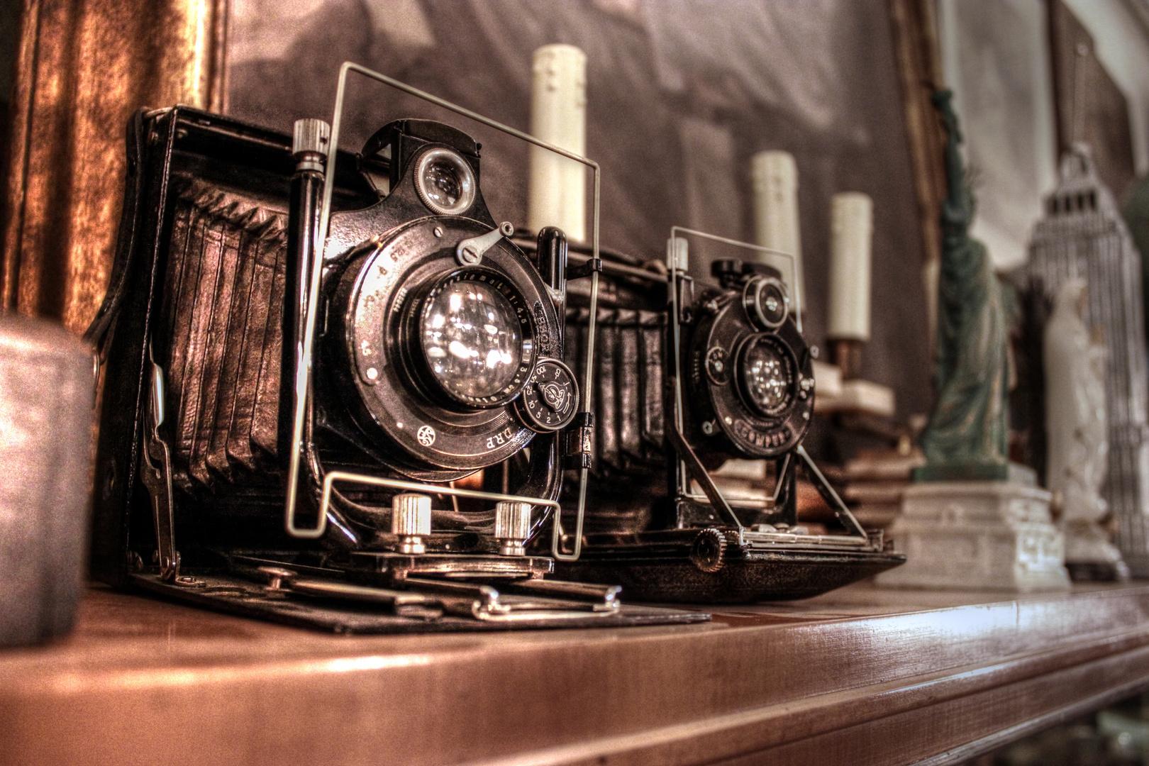 Wandel Einrichtungsobjekte in Düsseldorf old camera HDR
