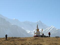 Wanderer vor der Annapurna Range