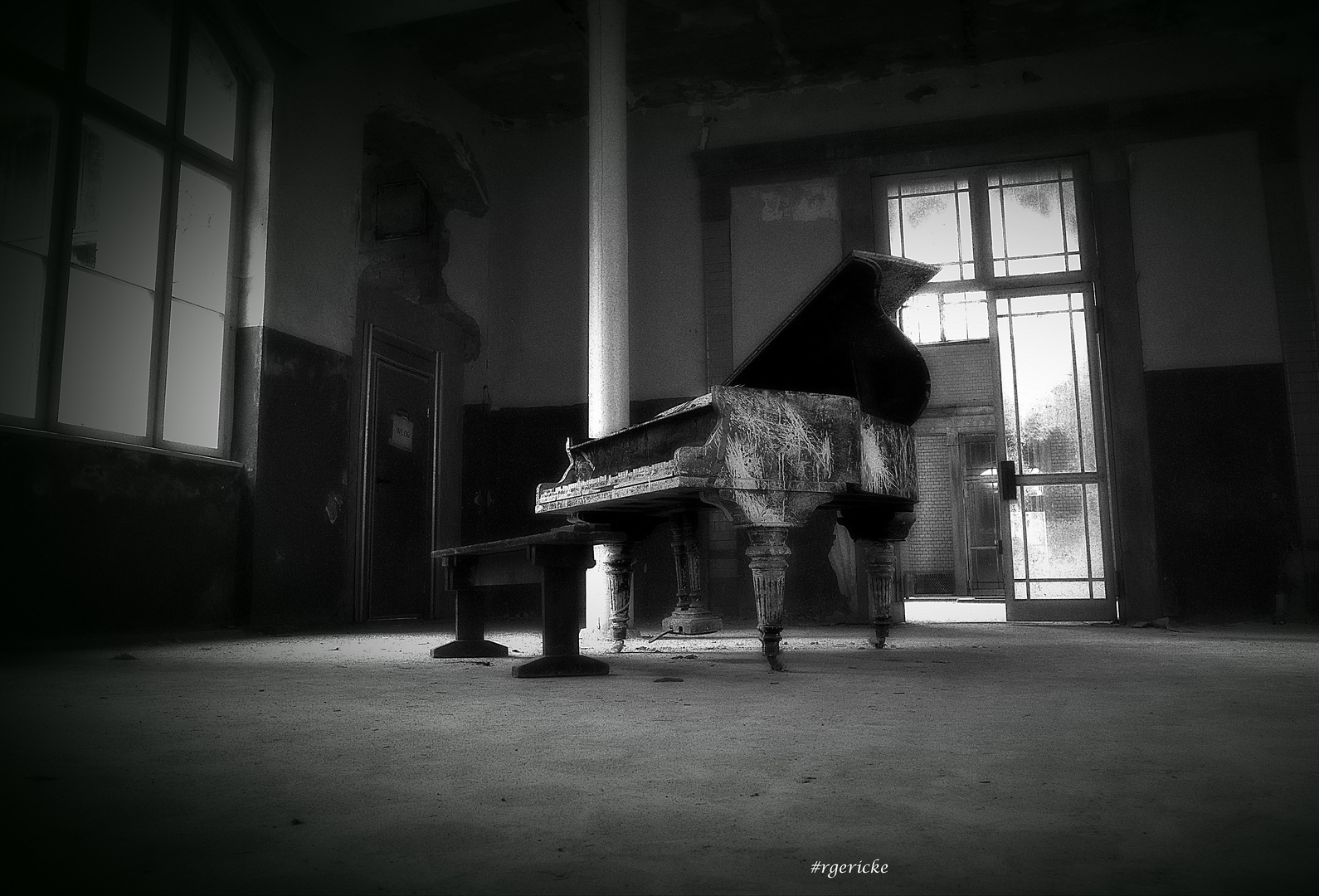 ... wanted a pianist