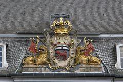 Wappen am Rathaus in Bonn