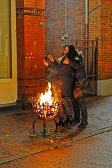 Warm-up in der Fußgängerzone von Leer ...