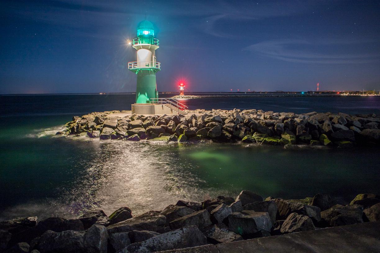 Warnemünde Hafen bei Nacht