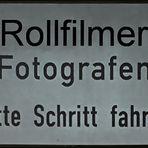 Warnschild Rollfilmer
