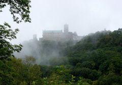 Wartburg im Nebel