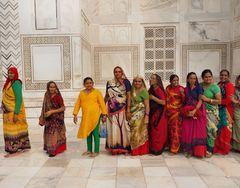 Warteschlange am  Taj Mahal