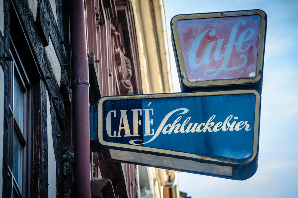 Warum haben sie ein Cafe aufgemacht ?