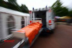 warum immer nur ne Trage... Krankenhausbett meets Rettungswagen