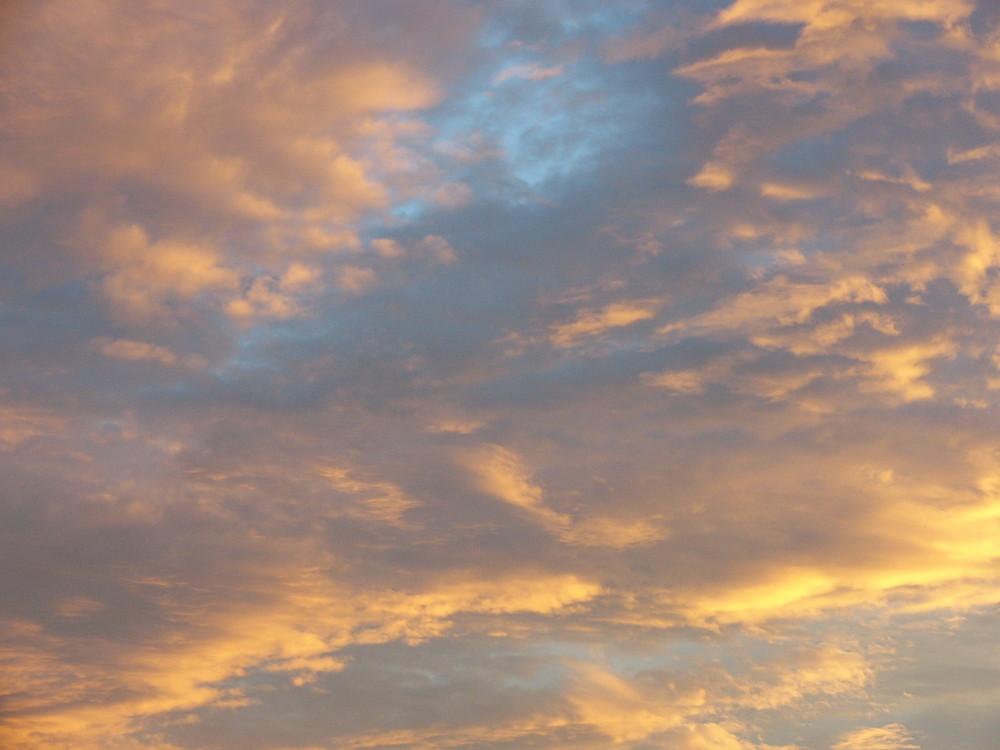 Was für ein Himmel über meinem Balkon!