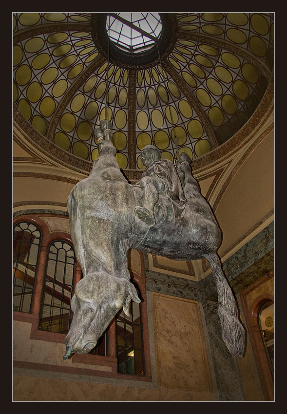Was hat David Cerný bloß mit dem heiligen Wenzel und dem Pferd angestellt ?