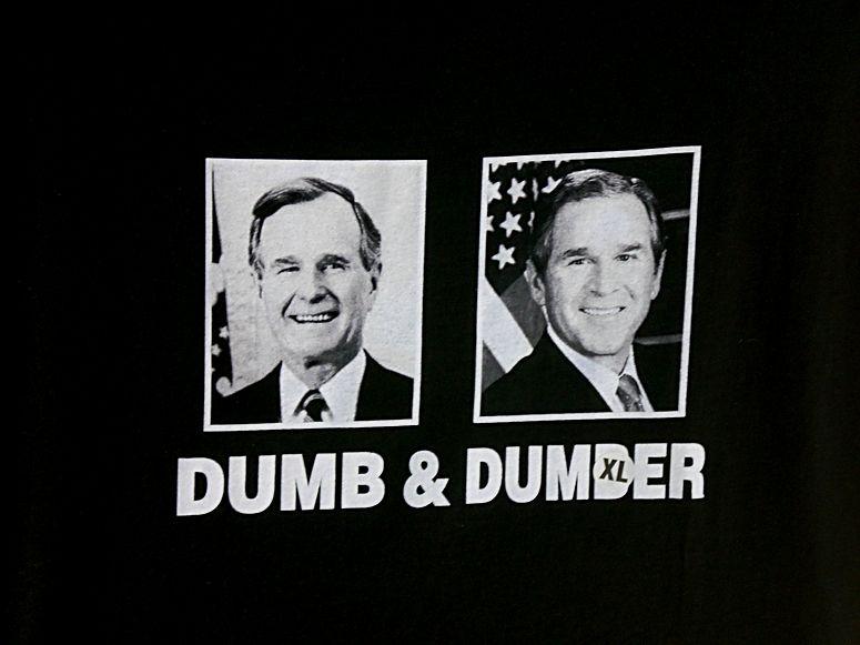 was man alles auf T-Shirts findet...