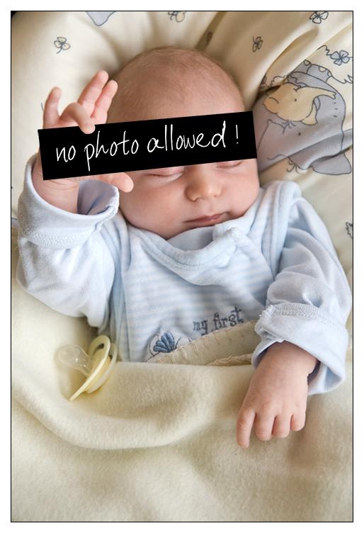 Was Will Er Mir Damit Sagen Foto Bild Kinder Babies